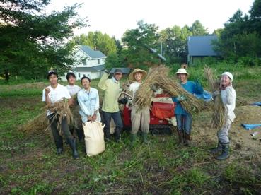 0725 麦刈り集合写真.jpg