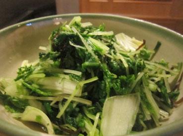 山東菜と塩昆布の和え物110710.jpg